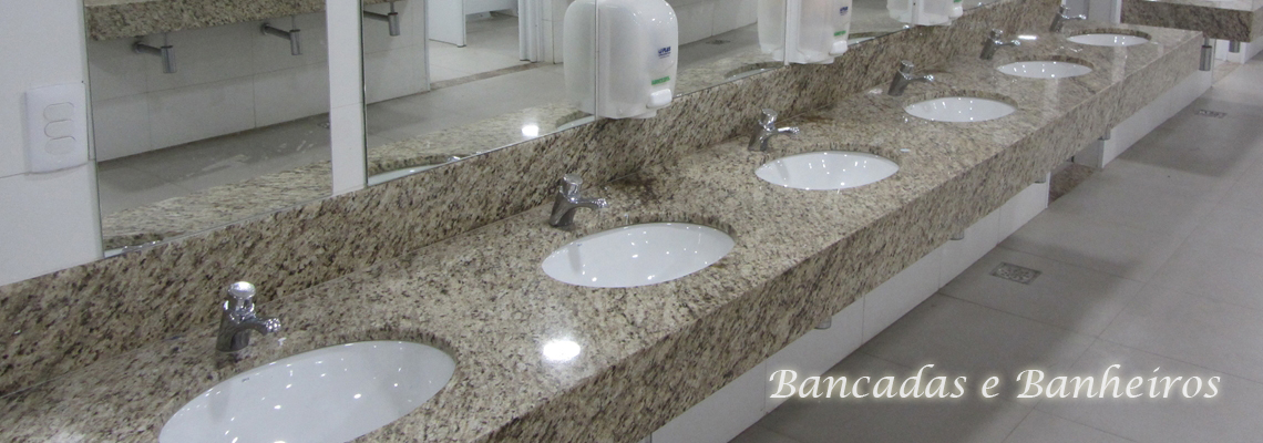 Bancadas e Banheiros